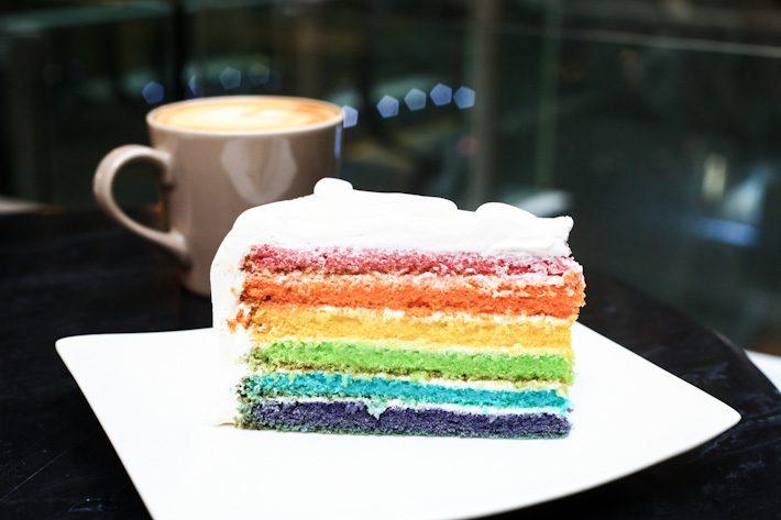 Dean-Deluca-Rainbow-Cake